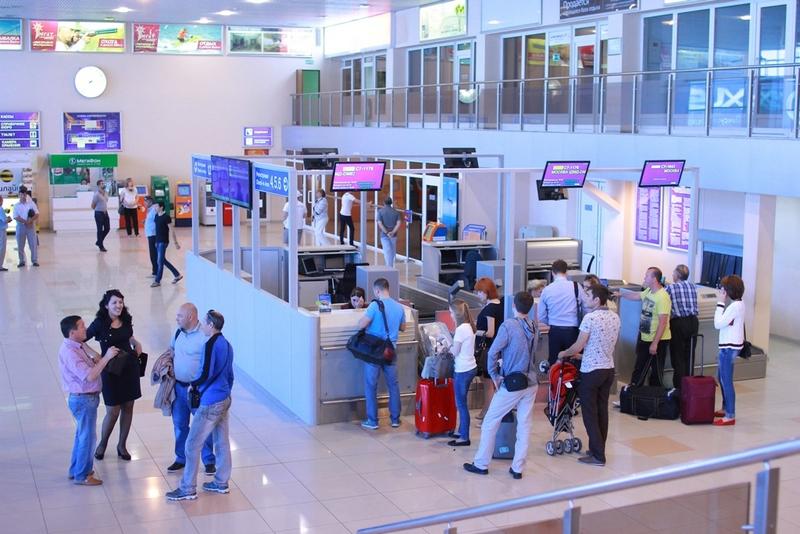 Стойки регистрации аэропорта Астрахань