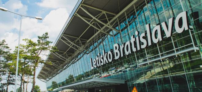 Аэропорт Братиславы Иванка